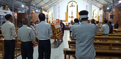 [Cao Đài] Hiệp thông tôn giáo đưa một người Công giáo về nơi an nghỉ cuối cùng