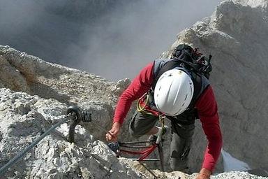 Горный клуб Эдельвейс, альпинизм на Кавказе