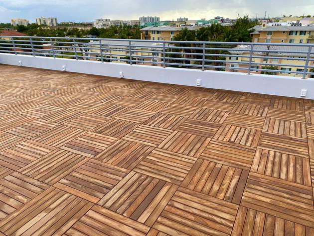 Ipe-Wood-Pedestal-Roof-Paver-System-Tile