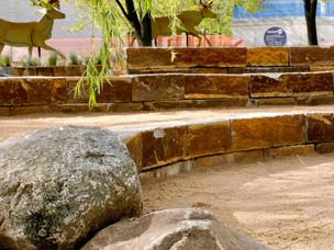Stone-Wall-MInnesota-Zoo-Aloha-Landscapi