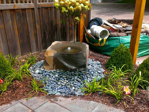 Water-Feature-Bubbler-Minnesota-Landscap