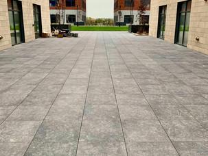 Kansas-City-Pedestal-Roof-Pavers-Porcela