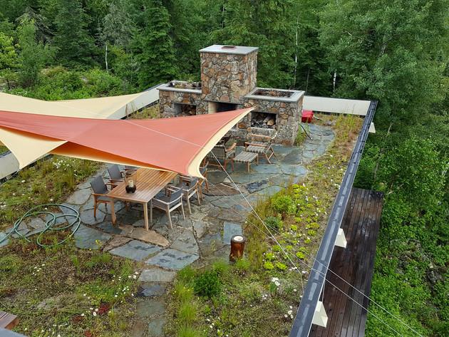Northern-Minnesota-Green-Roof-Dinning-Ro