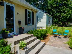 Frontyard-Patio-Flagstone-Patio-Minneapo