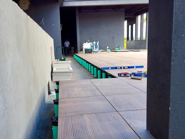 Porcelian-Roof-Paver-System-Tiletech-Hur