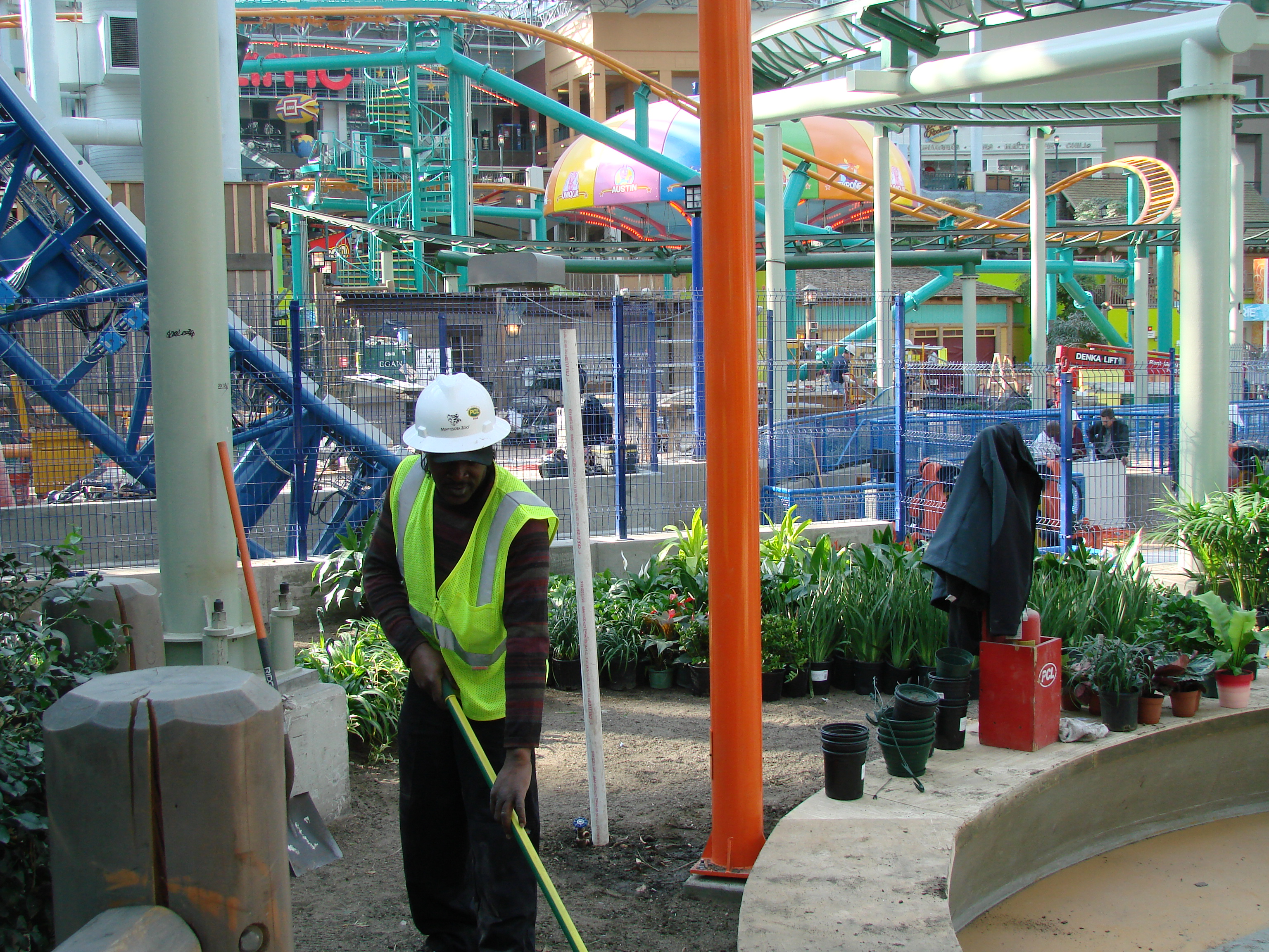 MOA Nickelodeon Universe Construction