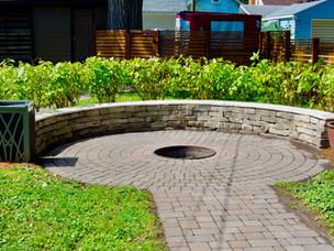Backyard-Fire-Pit-Concrete-Paver-Walkway