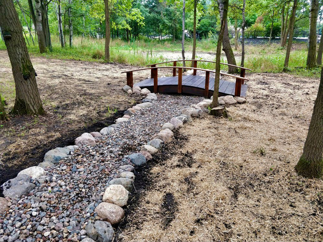 Stone-Dry-River-Bed-Custom-Wood-Bridge-.