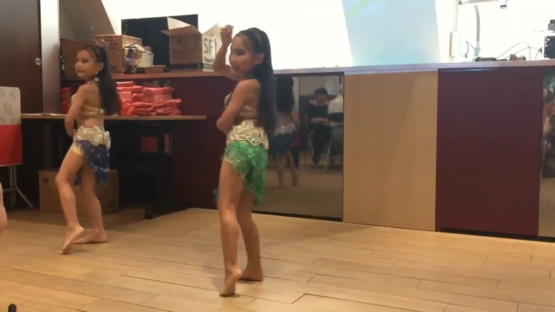 Yannes Belly Dance