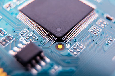 Precision electronics in hydratest controller