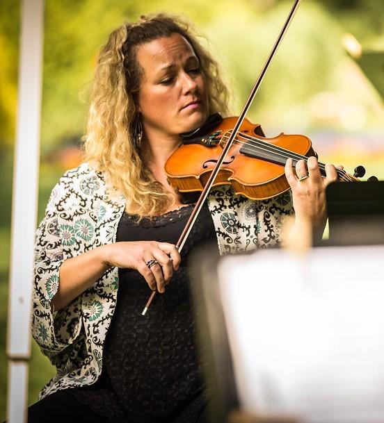 Fiddler Brie Hurlbert