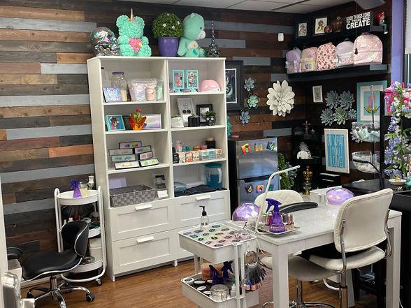 Suite 10 Glitter & Gloss.jpg