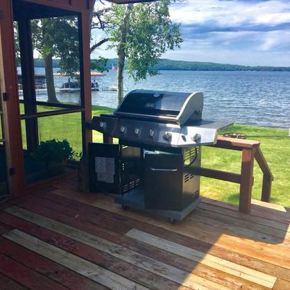 Lake side dining