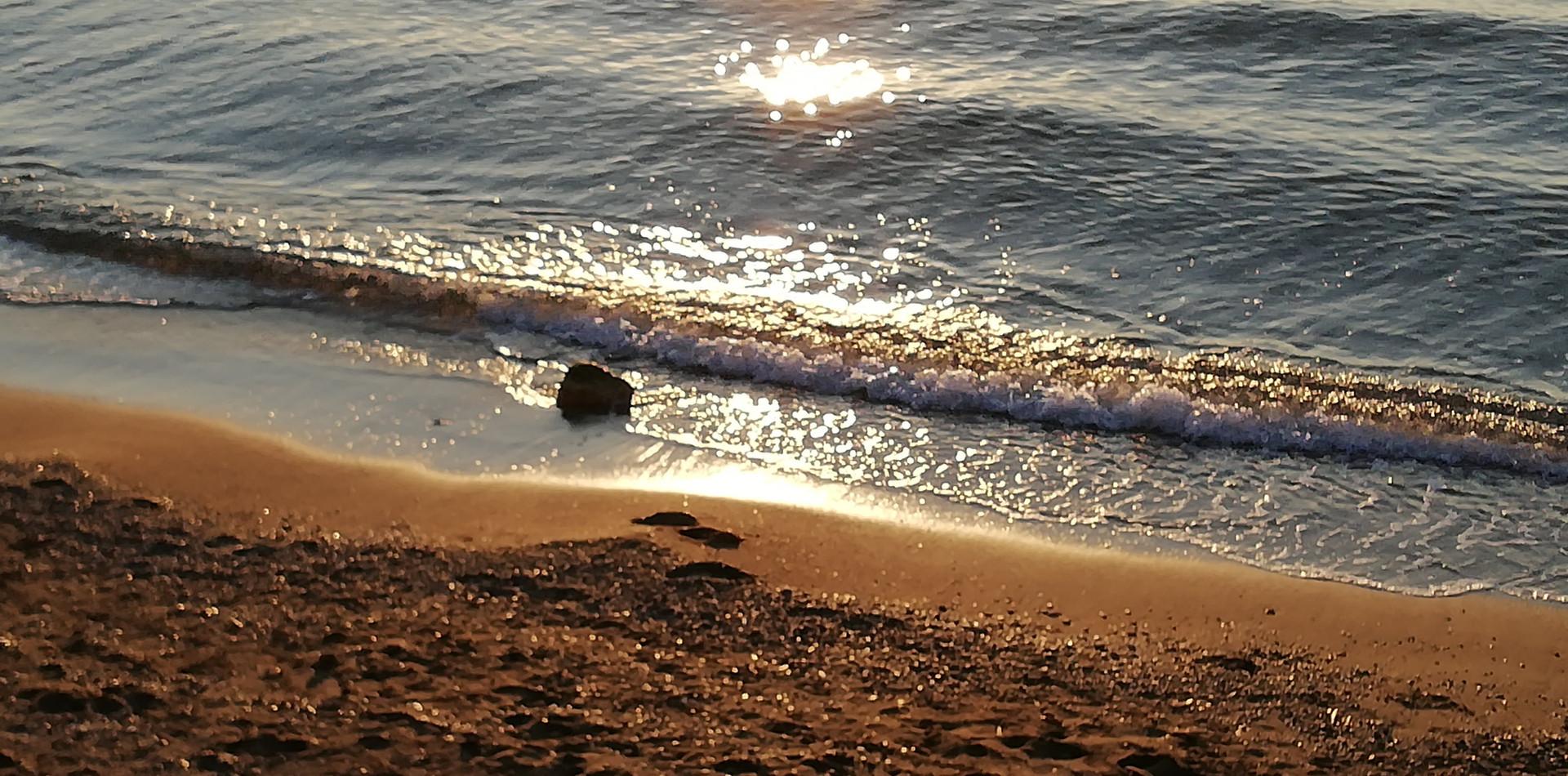 Kavouri Beach afternoon.jpg