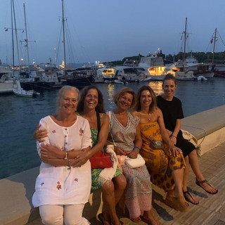 Twin house Spetses guests4.jpg