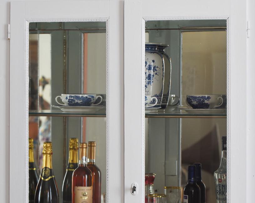 Glass bar.JPG