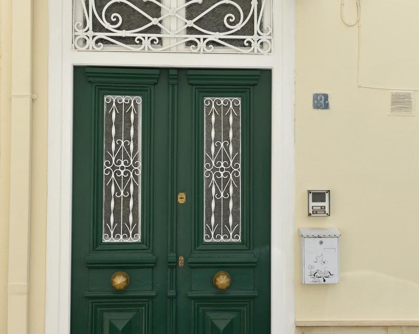 Entrance door .JPG