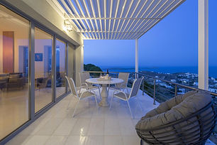 verandah1.jpg