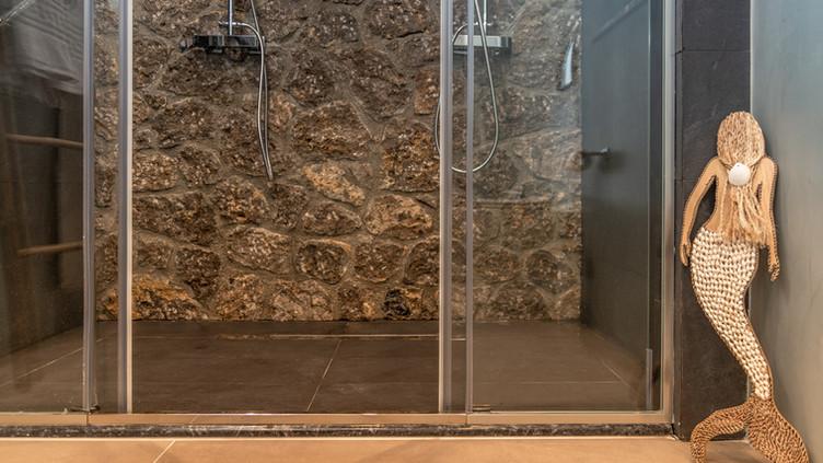 Stone Suite Bathroom