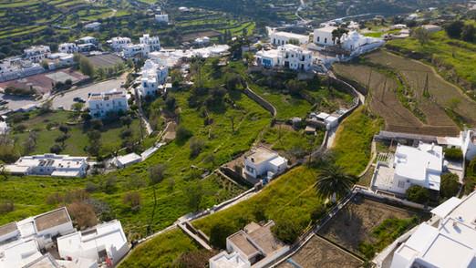812tm land at Apollonia, Sifnos