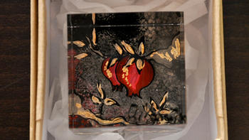 Plexiglass-Pomegranate.jpg