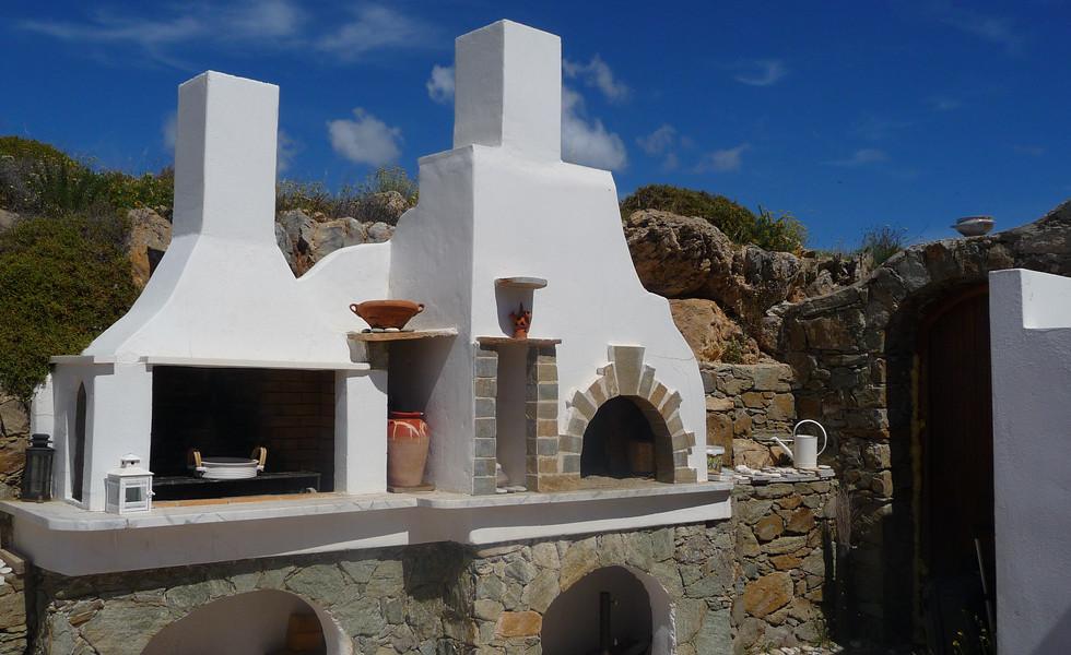 Syros Luxury        Living        BBQ #2