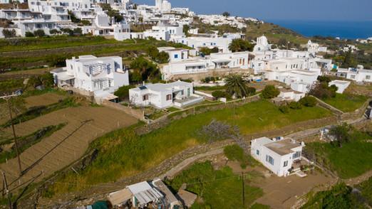 813 m2 of land at Apollonia