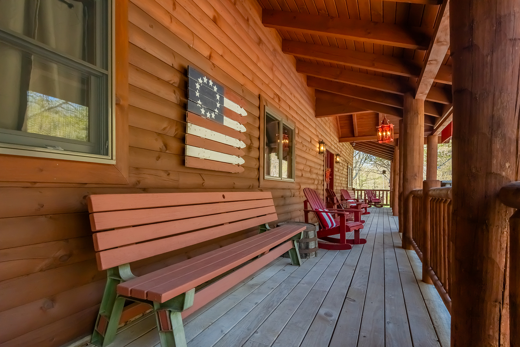 585SUMMITDRIVE_EXT_Porch_2