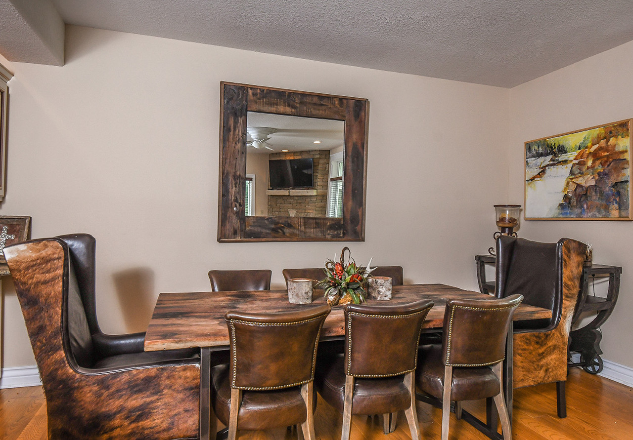10creekside_dining (1 of 1)_realestate