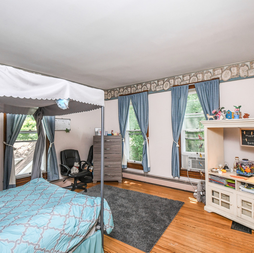 113GSTREET_ULbed_realestate