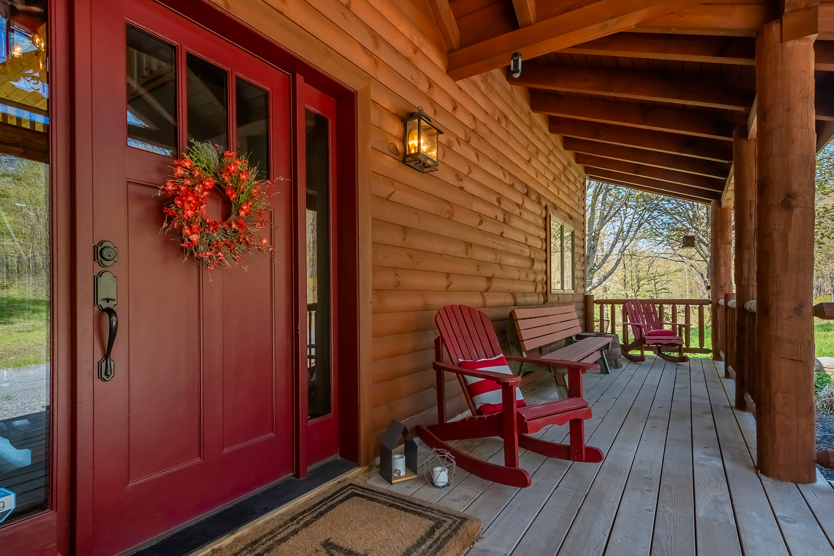 585SUMMITDRIVE_EXT_Porch_1