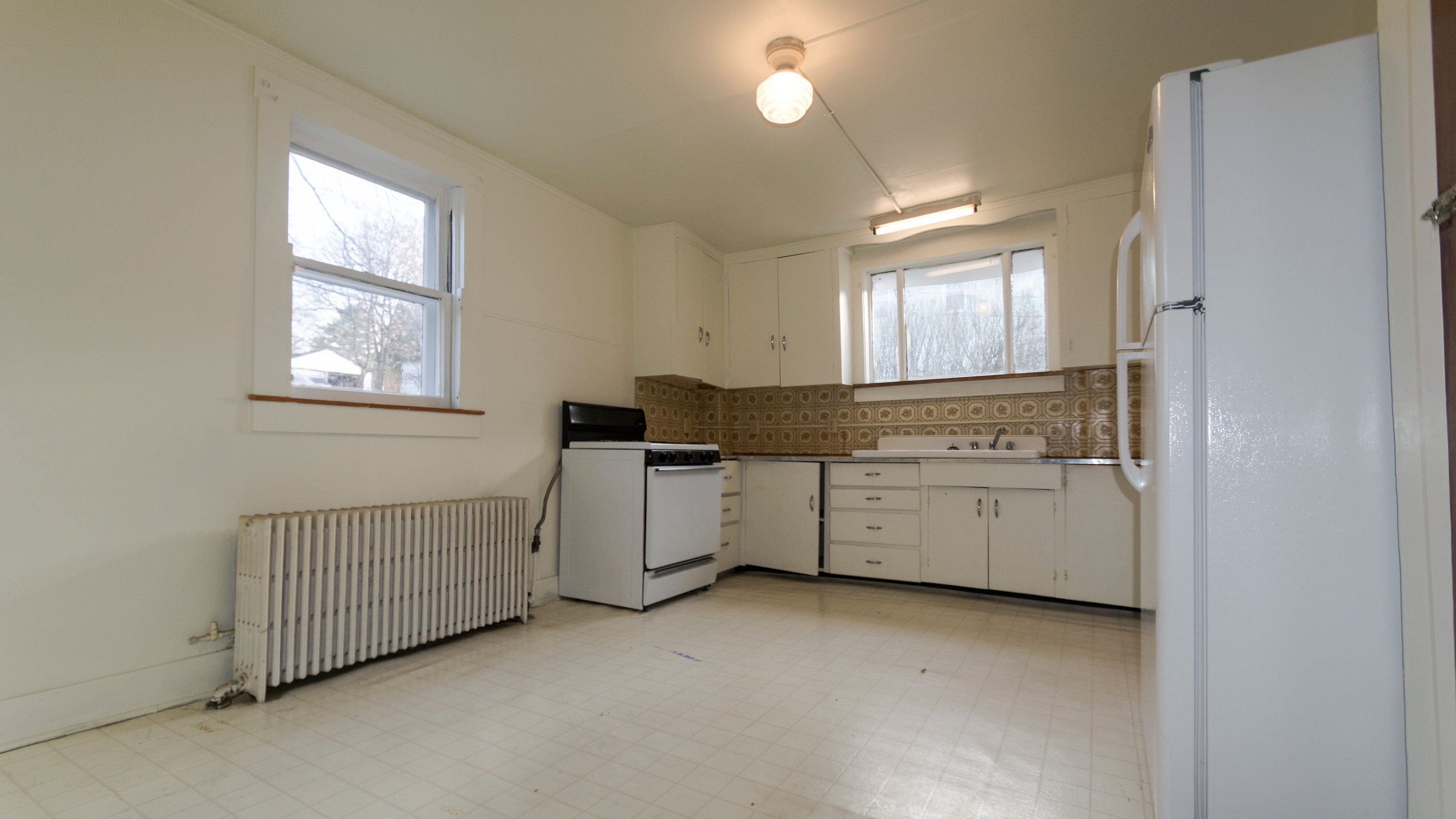 Apt 1 - Income Producer in Oakland,