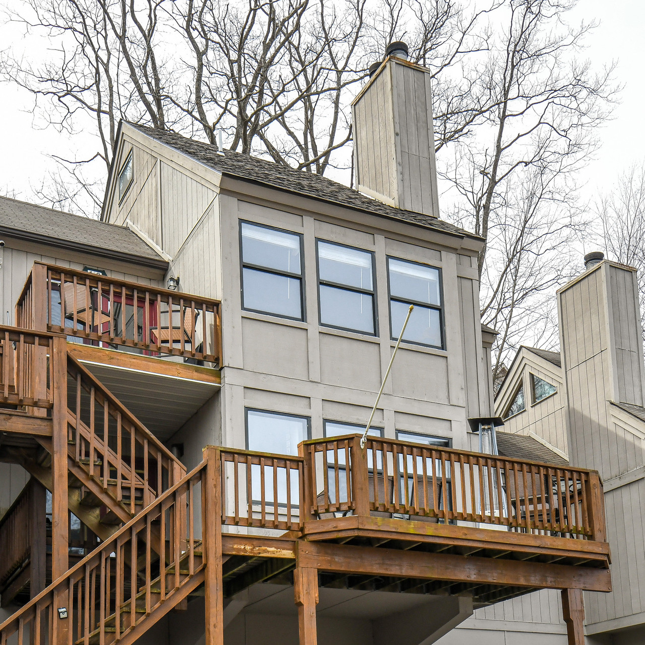 135JEFFLN_exterior2 (1 of 1)_realestate