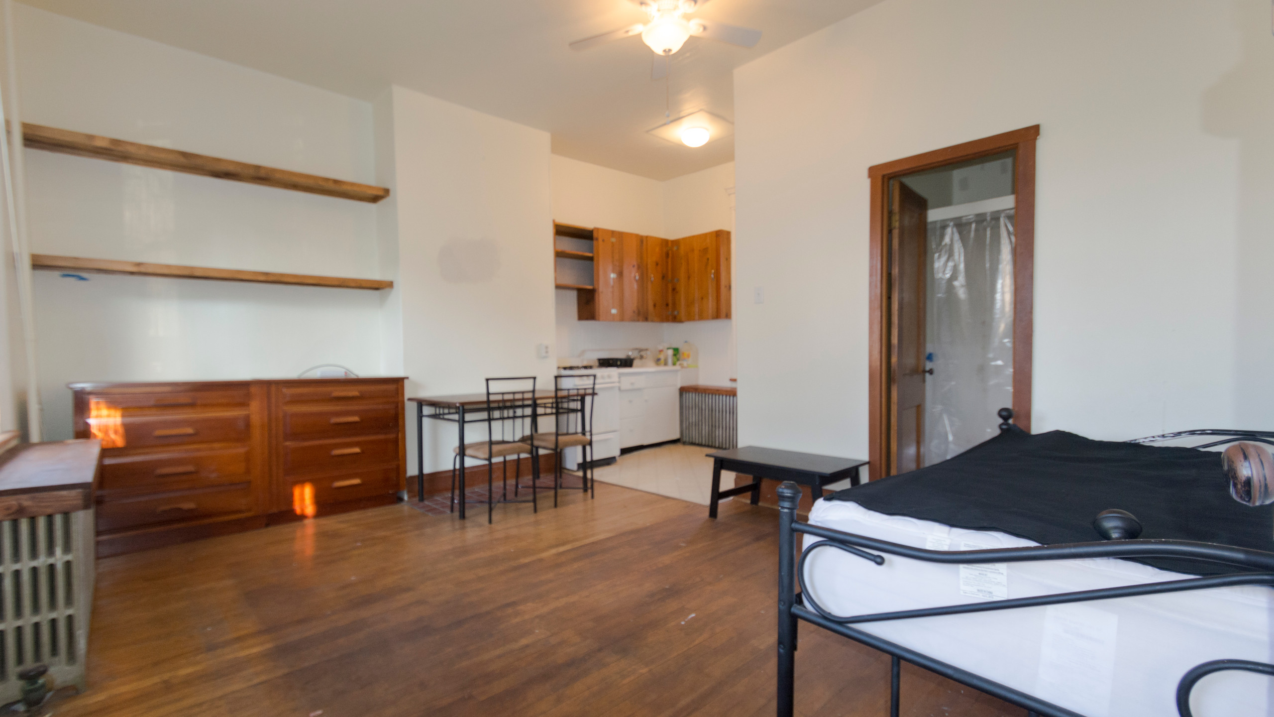 Apt 2 - Income Producer in Oakland,