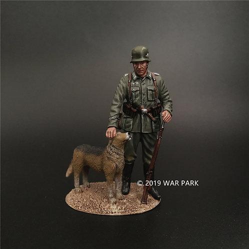 KU029 Groß deutschland Soldier with a Dog