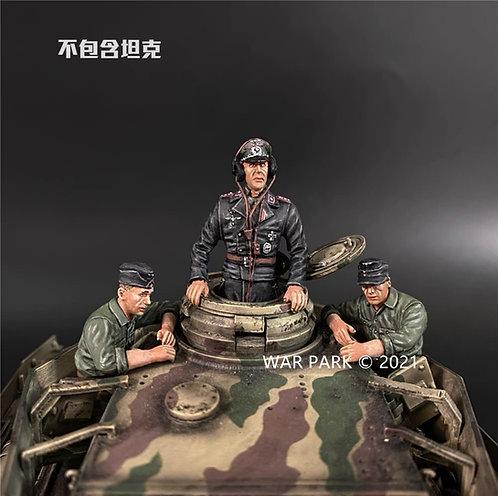 KU077 Panzer IV Tank Crew