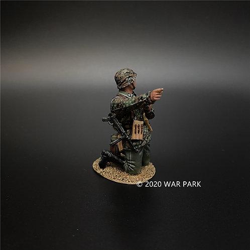 KU044 Das Reich SS Officer Wearing Camouflage Uniform