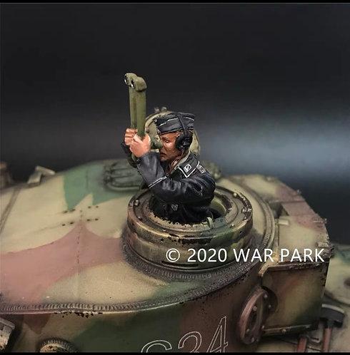 KU034 Tank Commander Holding Periscope