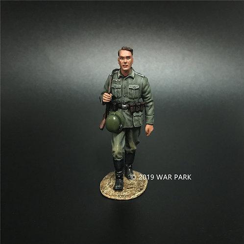 KU004 Groß deutschland Marching Soldier B