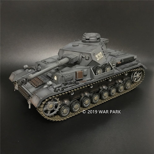 AX002 Pz.Kpfw.IV Ausf.G 3rd SS Panzer Division Totenkopf No.332 in East Line