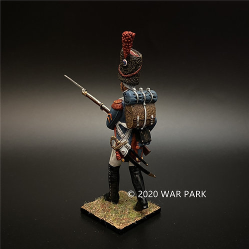 NP006A Old Guard Grenadier NCO in Front Row