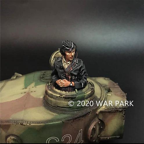 KU066 SS Tank Commander Clasping Hands