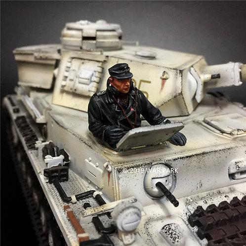 KH081 SS Tank Crew #4