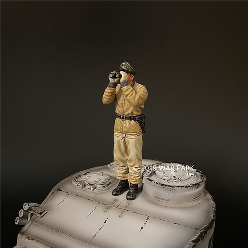 KH083 SS Tank Crew #6 (Used by Panzer IV & Tiger I)