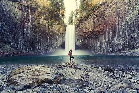 Oregon-Travel-Guide.jpg