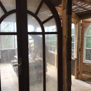 Badroom looking onto the workshop/terrace