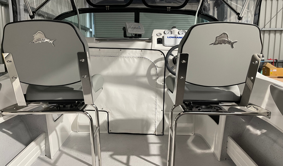 STAINLESS SPACE FRAME SEATS