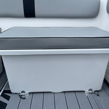 ESKY BOX REAR SEAT WITH CUSHION