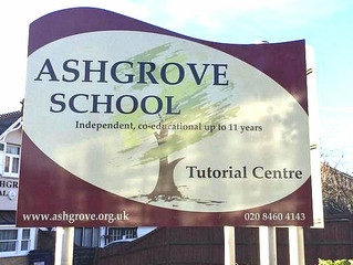 New contemporary signs for Ashgrove School