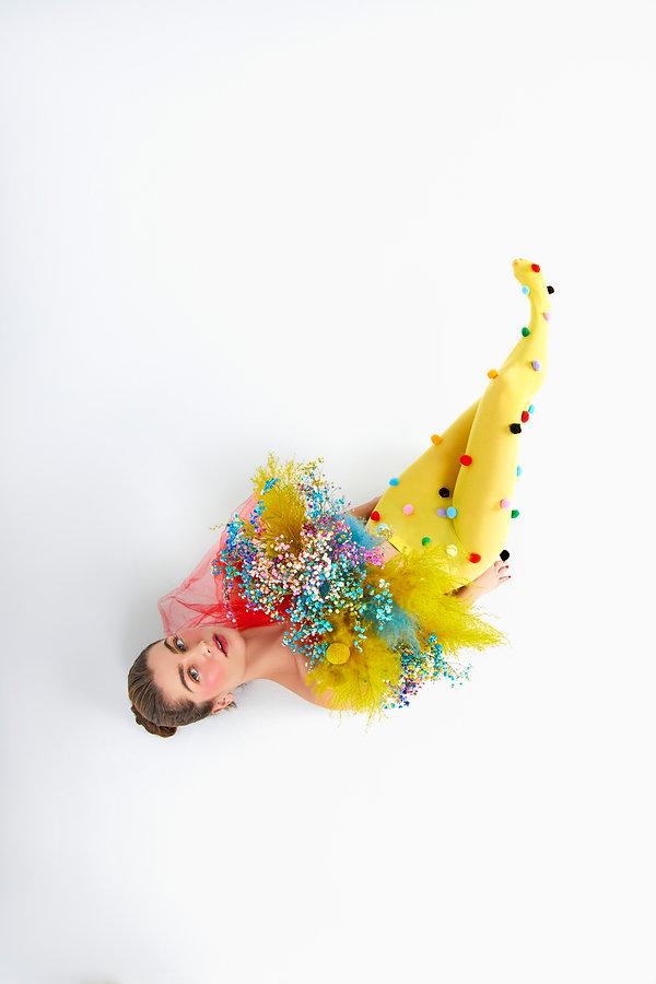 Rachel Matthews by Gabriel Mendoza Weiss, with floral design by Flwr Pstl